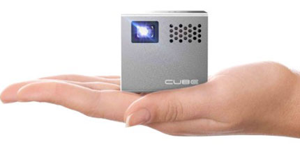 4. RIF6 Cube Mobile Projector