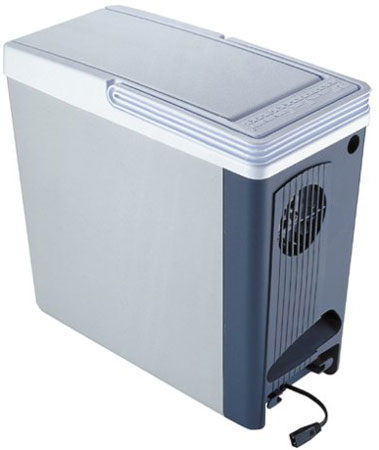 5. Koolatron P-20 Thermo - Electric 12-Volt 18 Quart Compact Cooler/Warmer