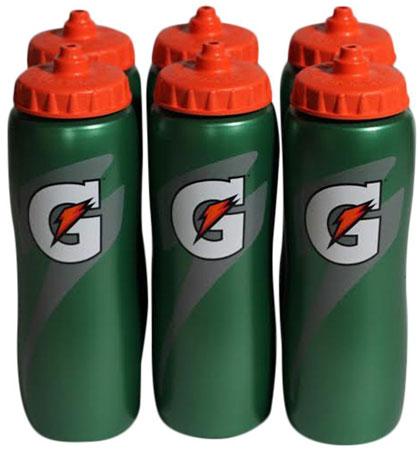 10. Gatorade 32 Oz Squeeze Water Sports Bottle