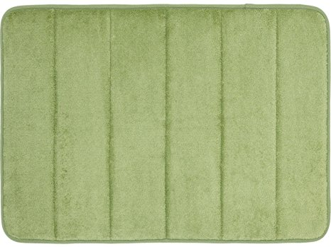 10. WPM'S Incredibly Soft and Absorbent Memory Foam Bath Mat,